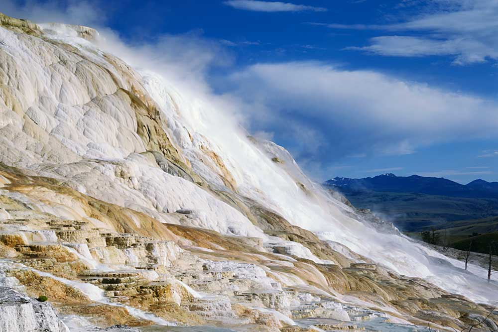 Terraces at Canary Spring, Mammoth Hot Springs, Yellowstone National Park, Wyoming # 4084h