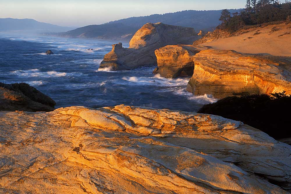Sandstone Coastline, Cape Kiwanda State Natural Area, Three Capes Scenic Route, Oregon # 5079h