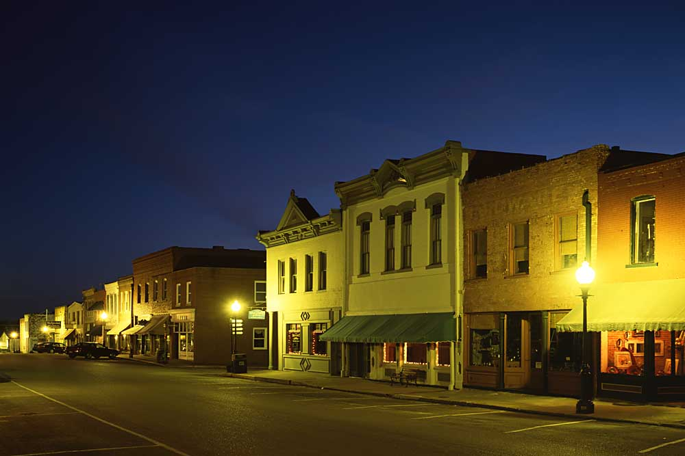 Main Street, Weston, Missouri # 7143