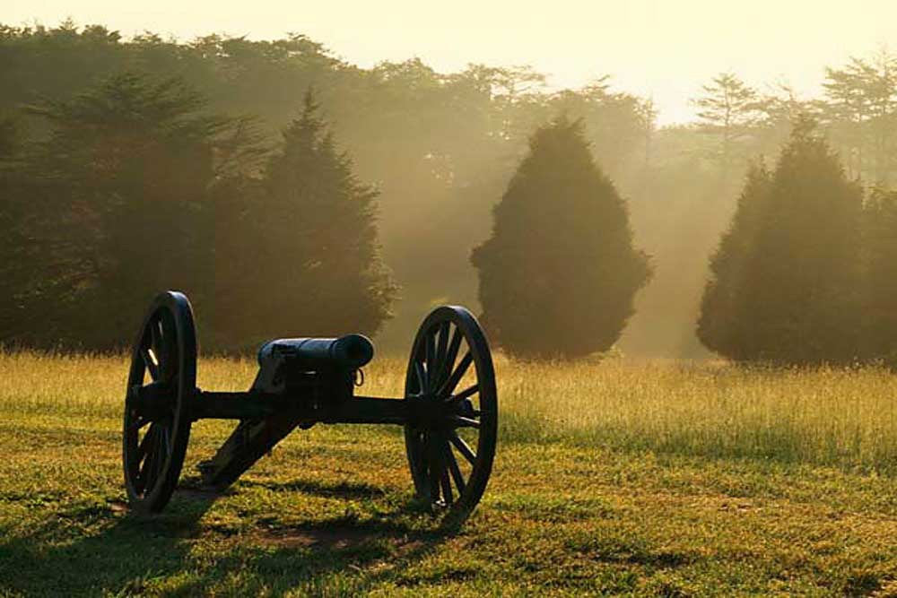 Cannon and morning fog, Manassas National Battlefield Park, Virginia # 9040